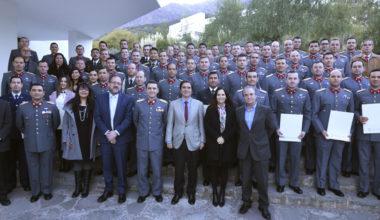 Escuela de Gobierno Gradúa a 60 Alumnos de la Academia de Guerra del Ejército