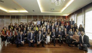 Alumni y Facultad de Derecho realizan en conjunto la Primera Feria Laboral exclusiva para alumnos y egresados  UAI