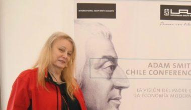 "Académica Deirdre McCloskey expone ""2018 Adam Smith Chile Conference"""