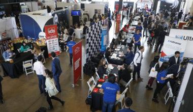 Con éxito se desarrolló la IX versión de la Feria Conexión Empresarial organizada por Alumni UAI