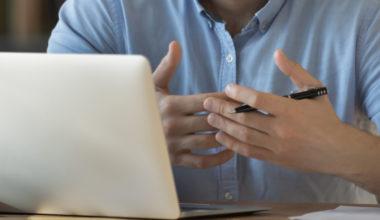 Atención online sobre internacionalización UAI